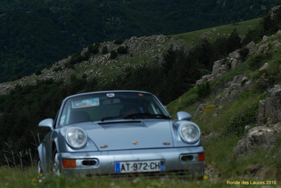 964 RS dans le col de la Broue